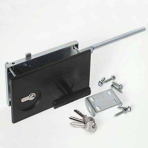 Брава с патрон, комплект, черна за панел от 38-42мм., за индустриални врати
